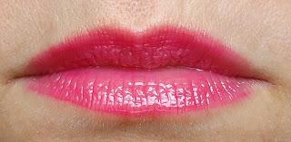 Lábios com aparência jovial